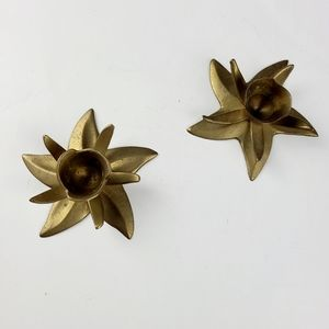 《Vintage》 pair of brass flower candle holders